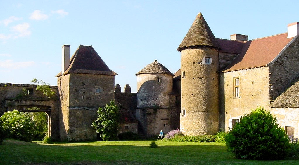 chateau pontus Bissy